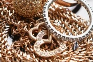 What to Do in the World of Jewelry Making by Corrine Evans